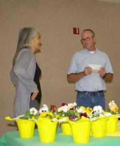 Peggy Plass receiving her certificate.