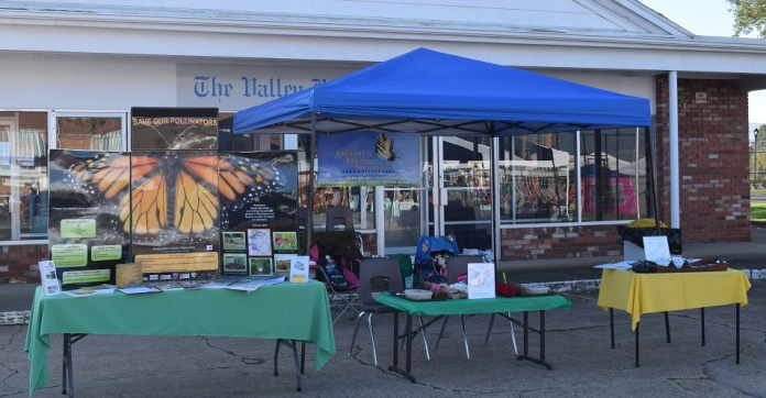 Elkton Autumn Days 2017 HMN outreach set up. Photoo by Rachael.